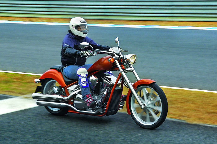 Honda Fury Review >> Honda VT1300CX Fury review, test ride - Autocar India