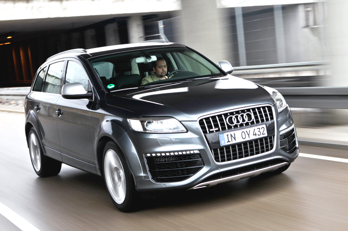 audi q7 v12 tdi review test drive autocar india. Black Bedroom Furniture Sets. Home Design Ideas
