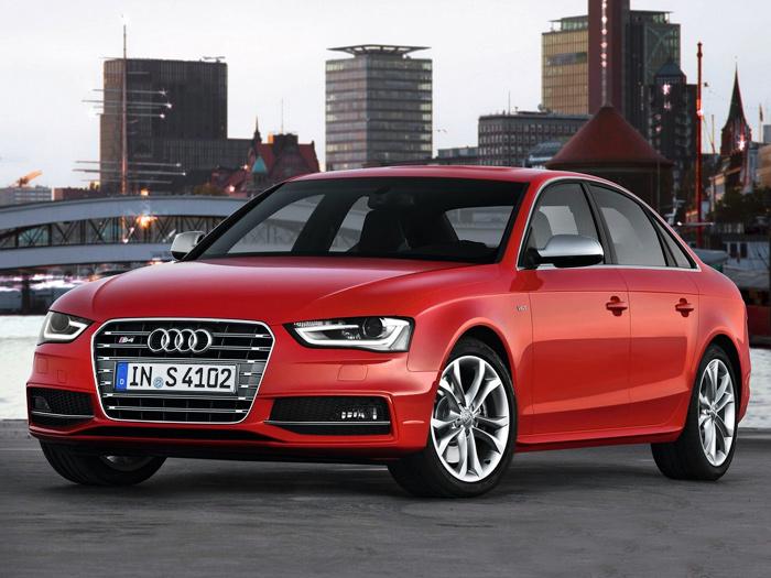 Audi lowest range car in india 18