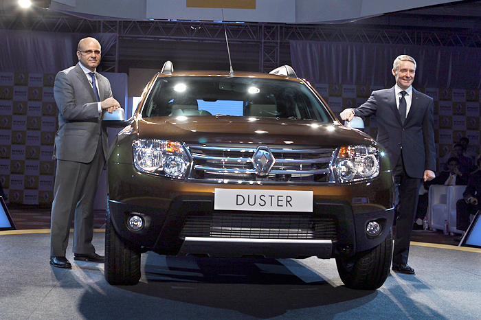 renault launches duster suv autocar india. Black Bedroom Furniture Sets. Home Design Ideas