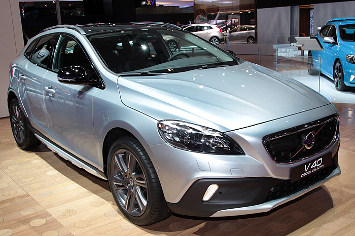 Volvo V40 Cross Country For India Autocar India