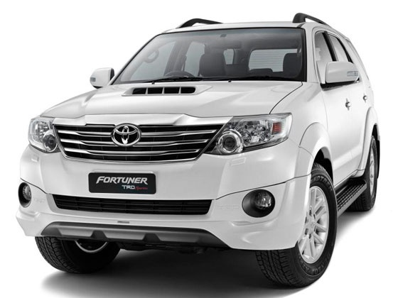 Toyota Fortuner 2015 >> Toyota launches Fortuner Sportivo - Autocar India