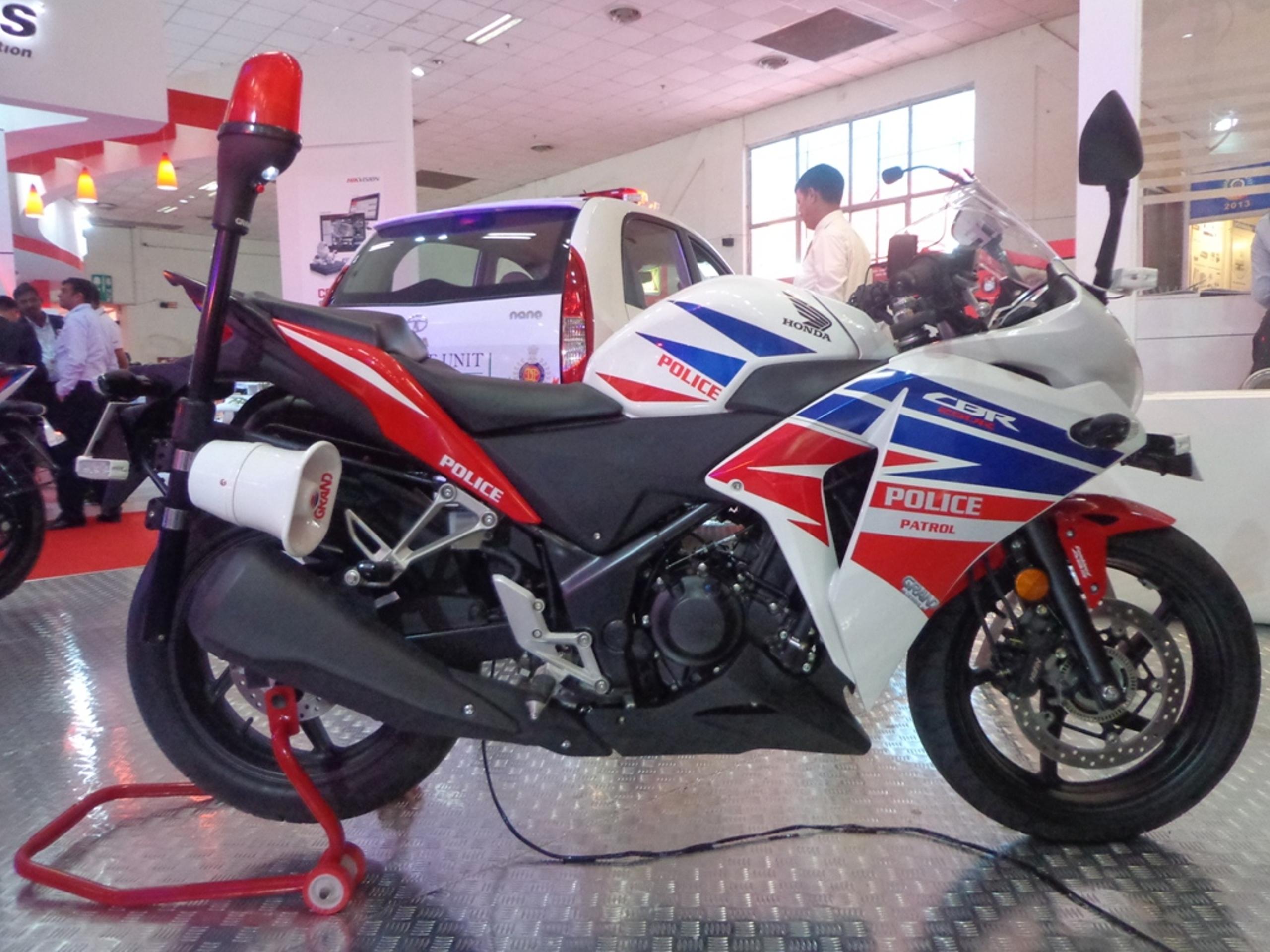 Honda CBR 250R Police model unveiled - Autocar India
