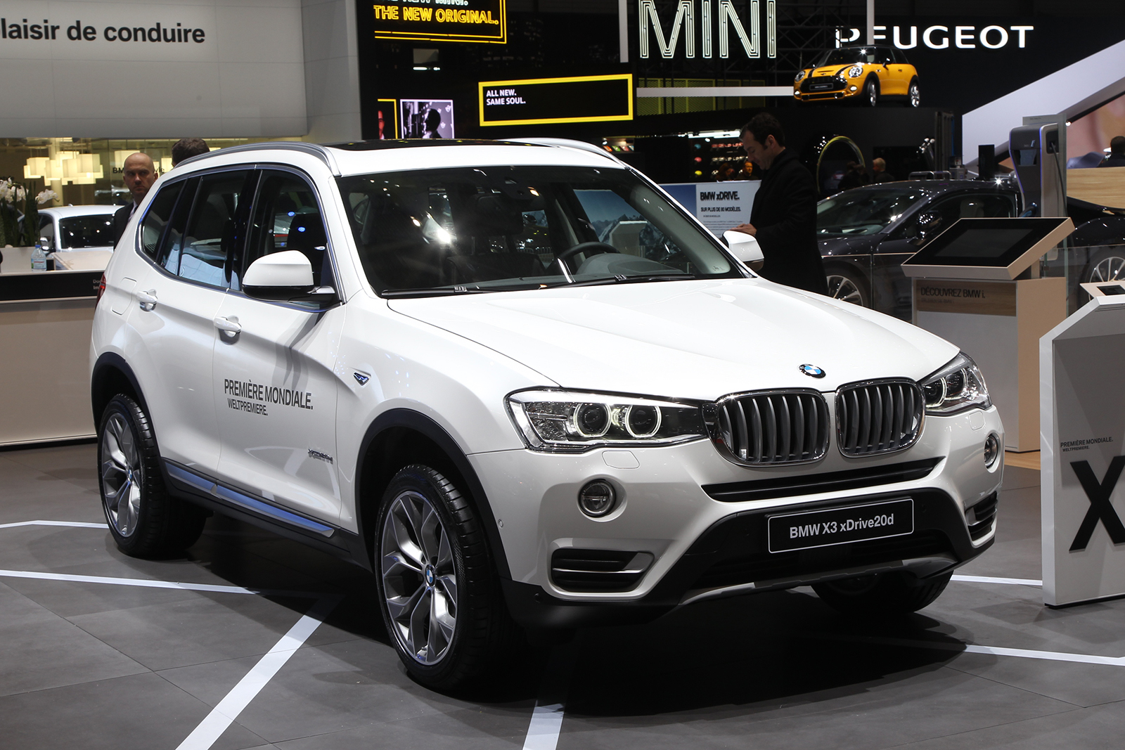 geneva 2014 bmw x3 facelift unveiled autocar india. Black Bedroom Furniture Sets. Home Design Ideas