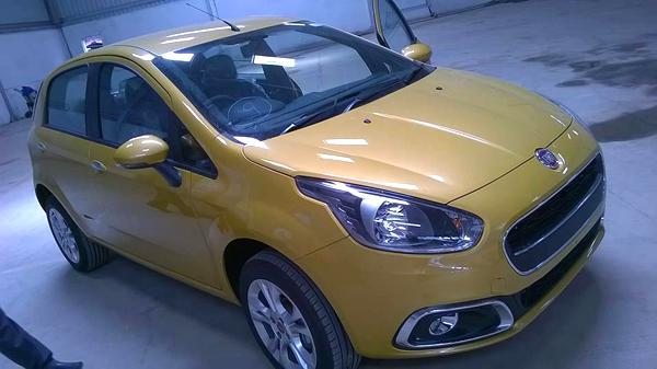 New Fiat Punto Evo variant details leaked - Autocar India Fiat Punto Restyling on fiat bravo, fiat spider, fiat 500 abarth, fiat coupe, fiat stilo, fiat 500l, fiat linea, fiat 500 turbo, fiat marea, fiat cars, fiat cinquecento, fiat ritmo, fiat doblo, fiat seicento, fiat multipla, fiat panda, fiat barchetta, fiat x1/9,