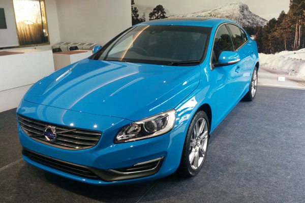 Volvo S60 T6 petrol launched at Rs 42 lakh - Autocar India