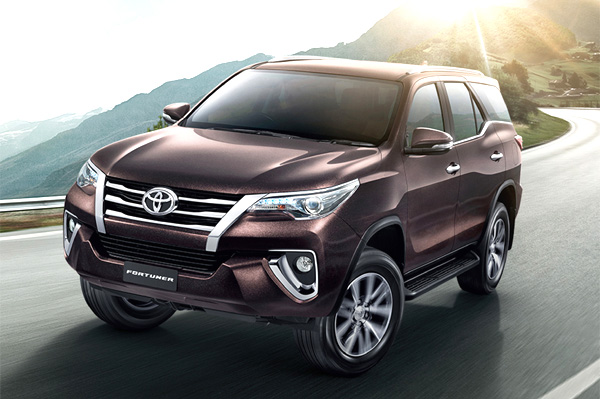 new toyota fortuner  first look