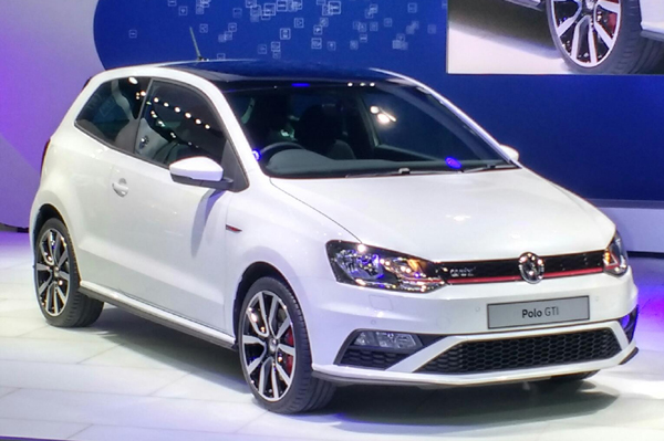 volkswagen polo gti unveiled at auto expo 2016 autocar india. Black Bedroom Furniture Sets. Home Design Ideas