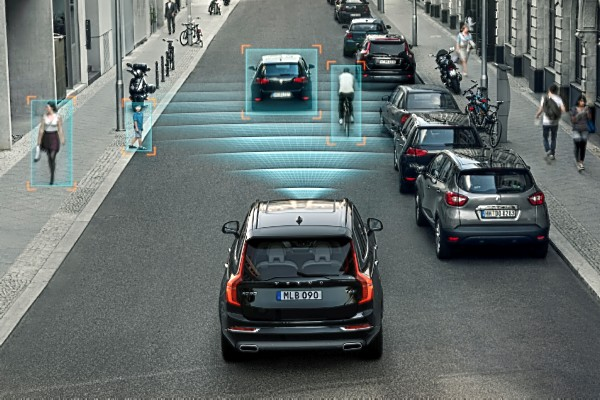 Ford Ecosport Test >> Volvo to enable radar-based safety systems on S90, XC90 in ...