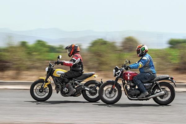 Triumph Bonneville Street Twin Vs Ducati Scrambler Icon Comparison