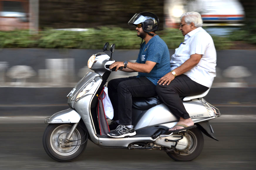 Karnataka to ban pillions on sub-100cc two-wheelers ...