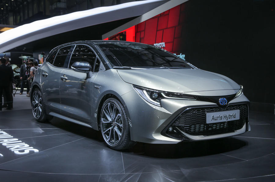 new toyota auris hybrid showcased at geneva autocar india. Black Bedroom Furniture Sets. Home Design Ideas