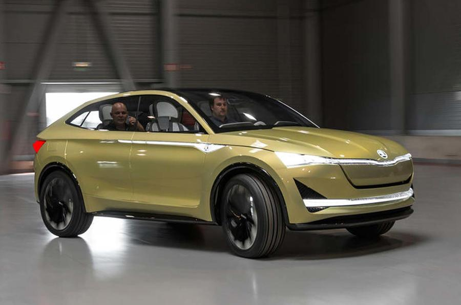 Skoda eRS performance electric SUV reveal in 2022 ...