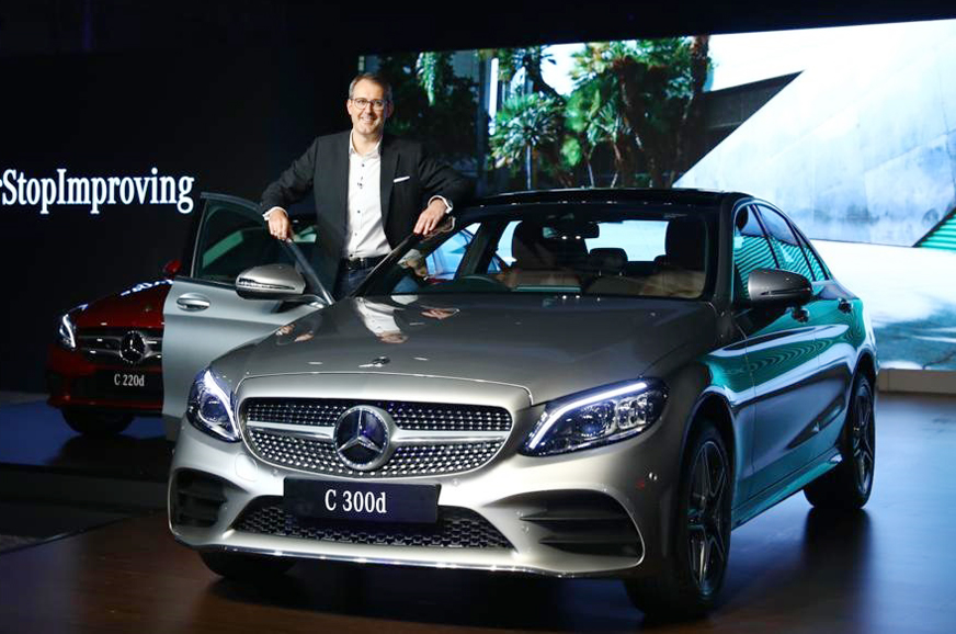 2018 Mercedes C Class Facelift Launched At Rs 40 00 Lakh