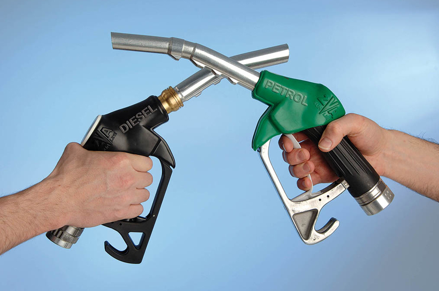 Petrol in Mumbai drops to Rs 74.47 per litre