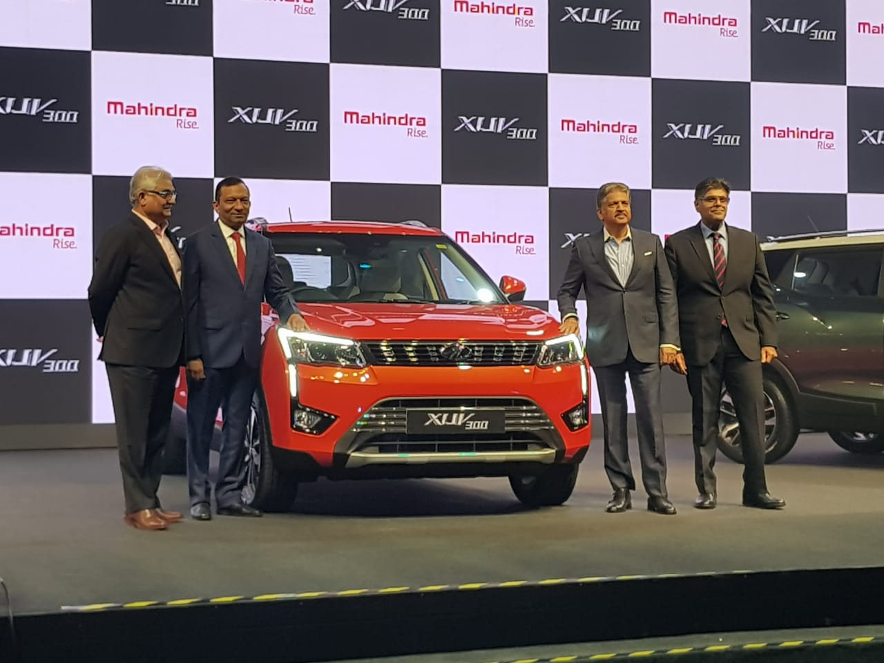 2019 mahindra xuv300 launched in india, priced from rs 7.9 lakh
