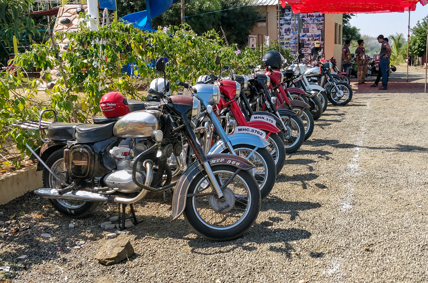 Jawa Yezdi Forever Riders Meet For Vintage And Classic