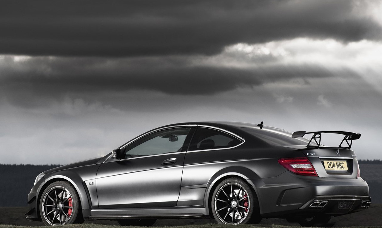 image mercedes c63 amg coupe black series