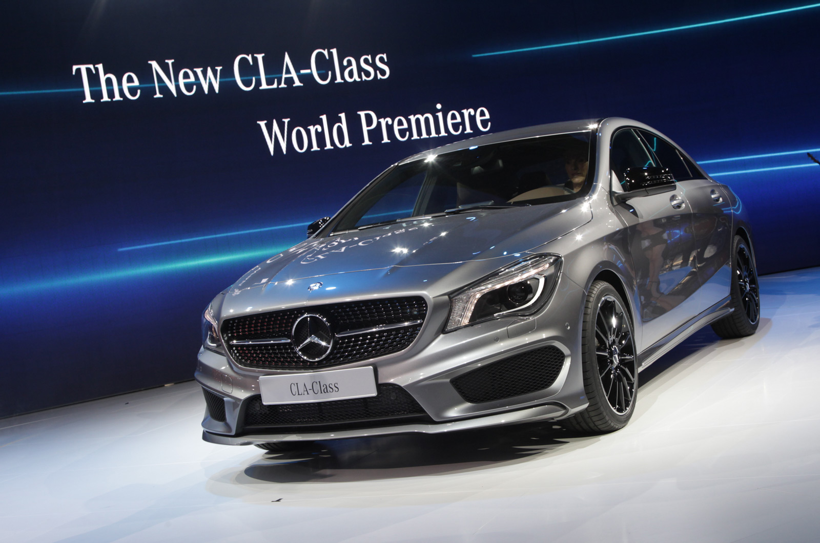 Image gallery new benz cla for New mercedes benz cla