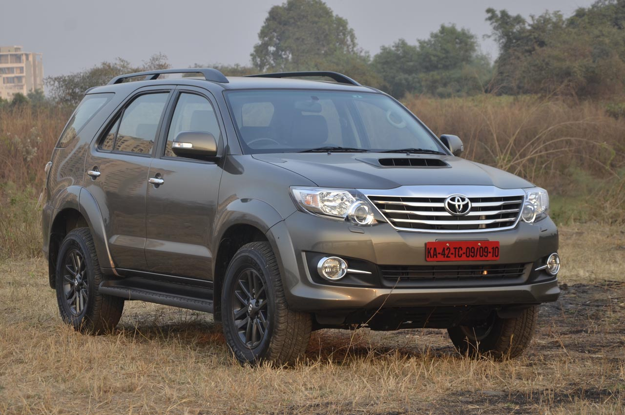 2015 Toyota Fortuner 3 0 4wd Automatic Image Gallery Autocar India
