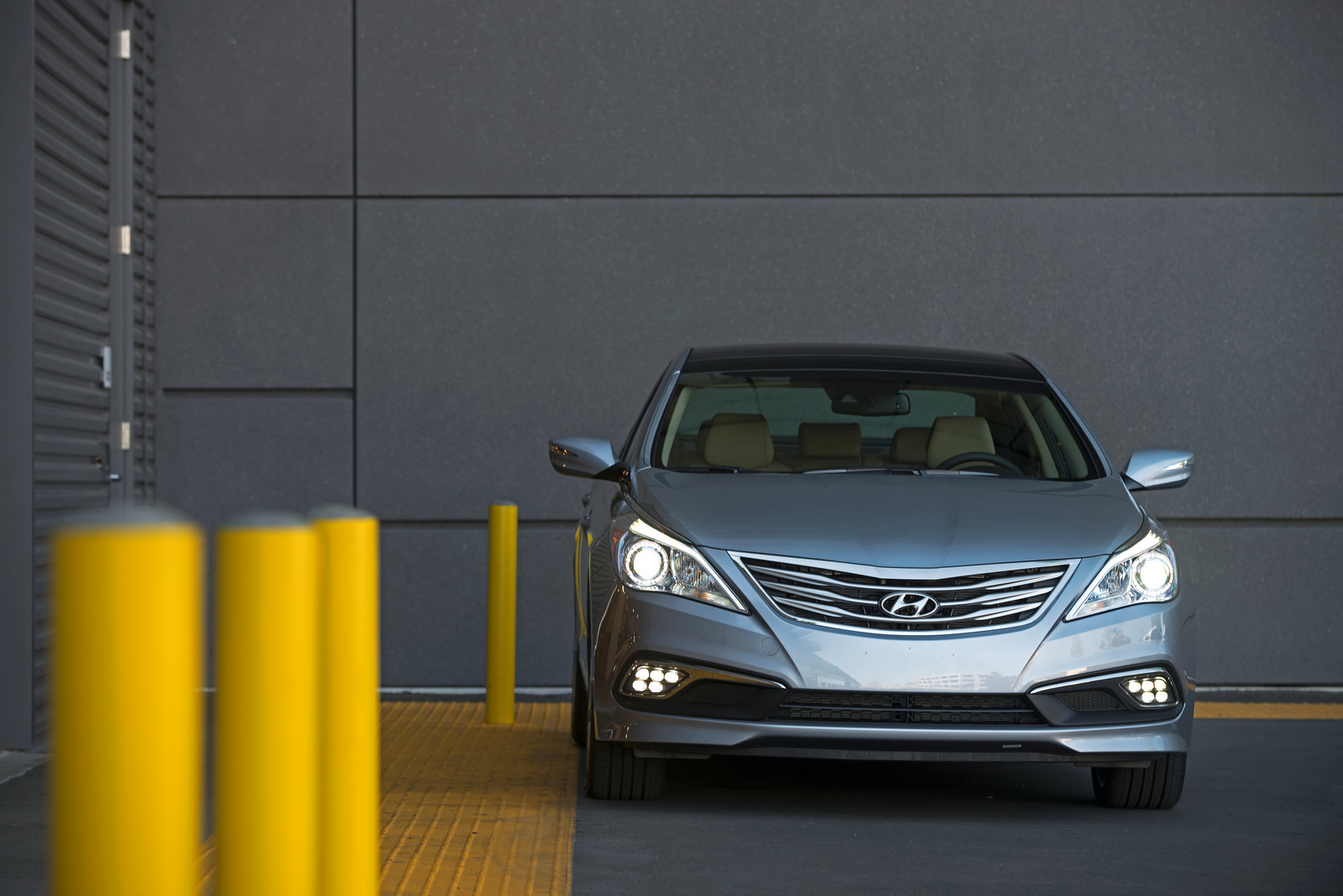 Hyundai Azera photo gallery - Autocar India