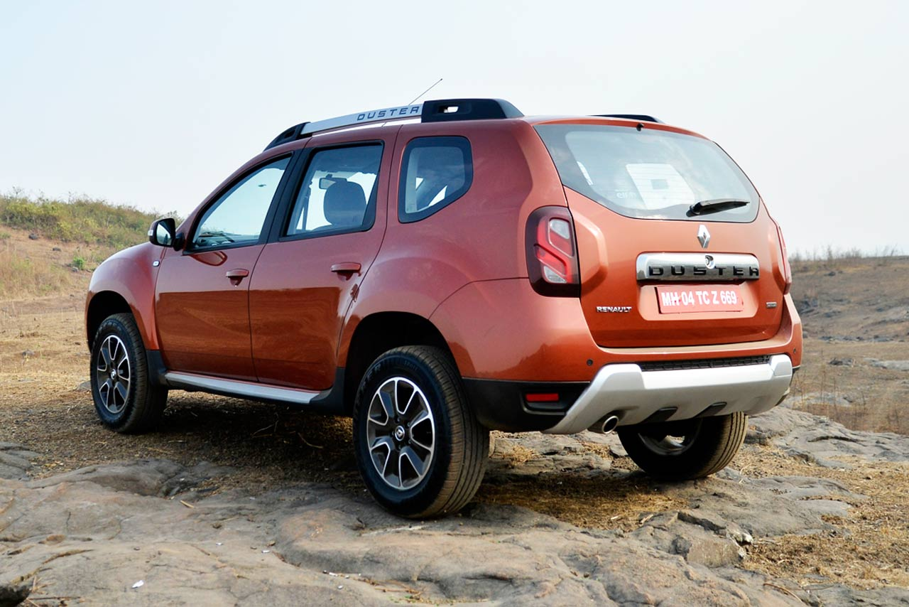 renault duster suv facelift photo gallery autocar india. Black Bedroom Furniture Sets. Home Design Ideas