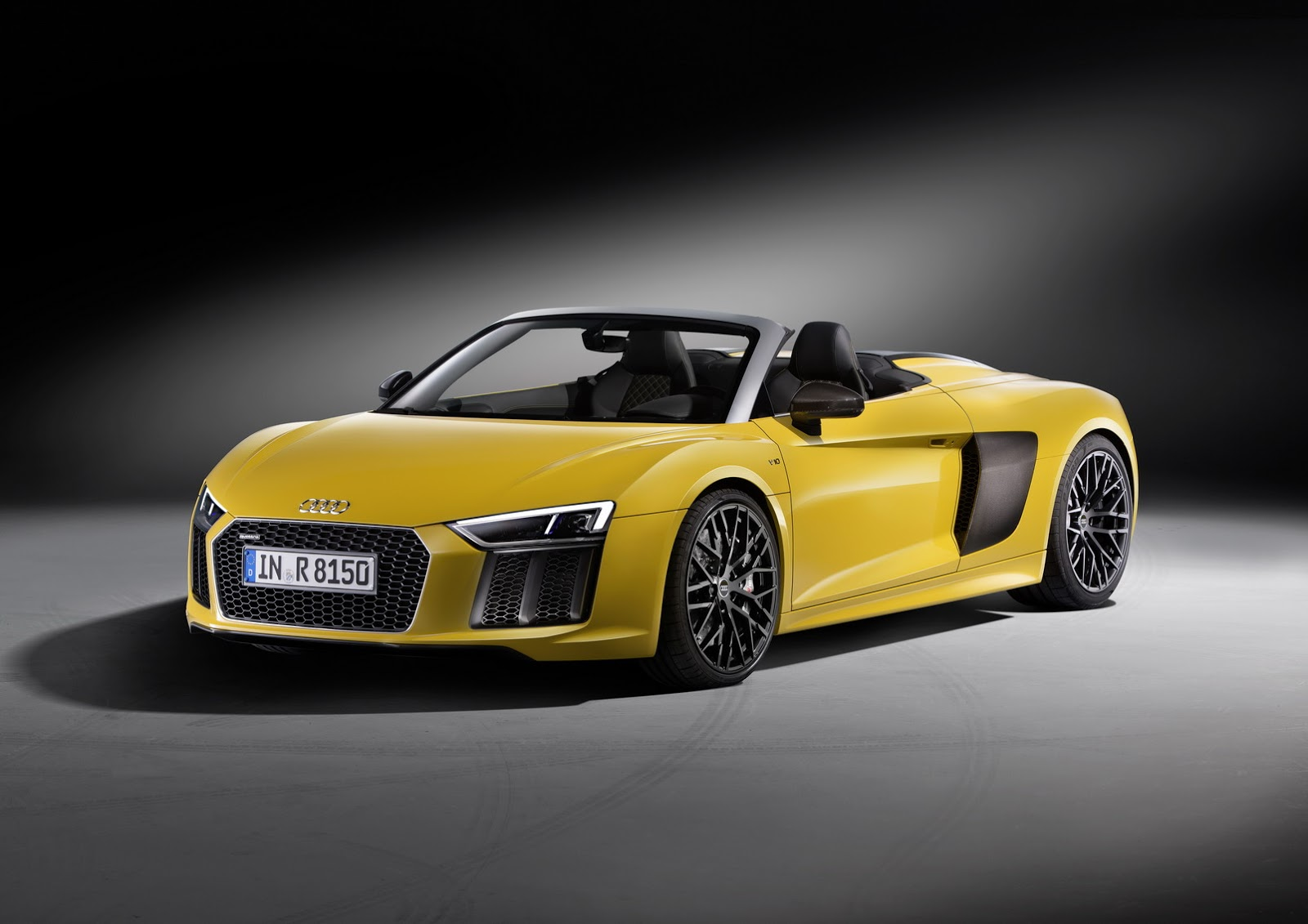 new audi r8 spider photo gallery autocar india. Black Bedroom Furniture Sets. Home Design Ideas