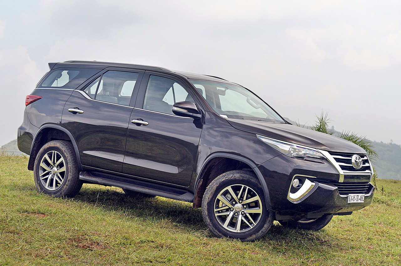 new 2017 toyota fortuner image gallery autocar india