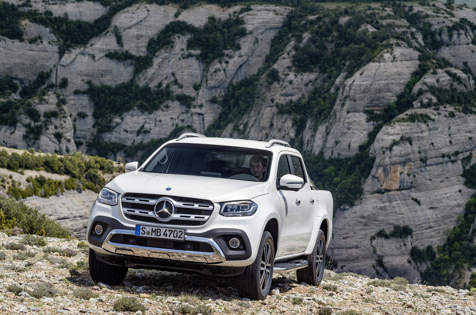 Mercedes x class pickup image gallery autocar india for Camioneta mercedes benz