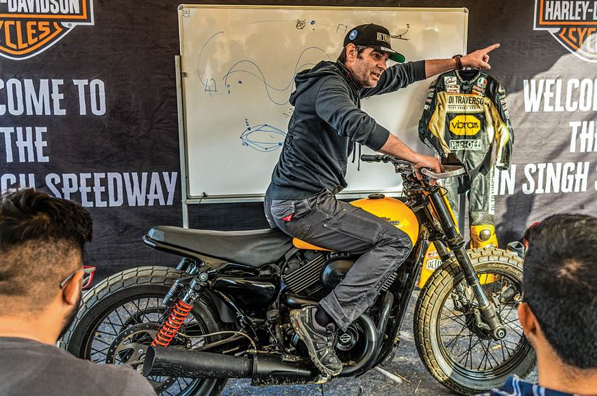 Harley-Davidson Flat Track ride experience - Feature