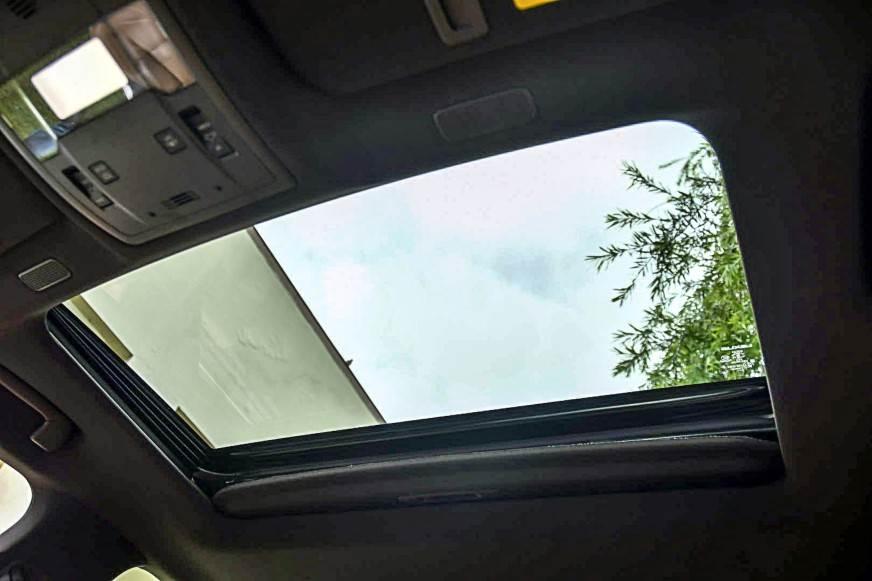 2018 Lexus ES 300h review, test drive - Autocar India