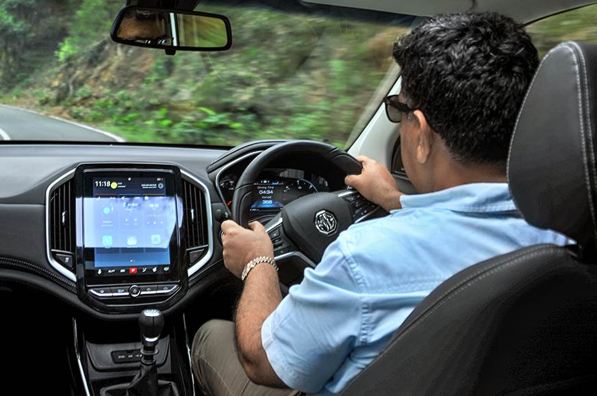 MG Hector Hormazd driving