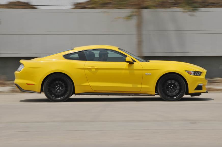 Mustang side action