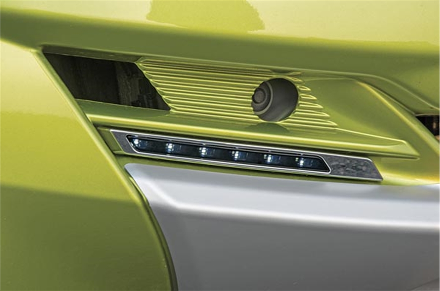 LEDs replace fog lamps in Redigo; should be a hit.