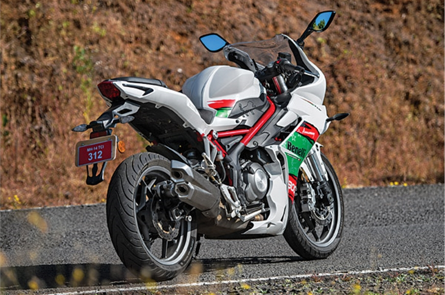 The 302R's tubular frame is quite different from the trel...