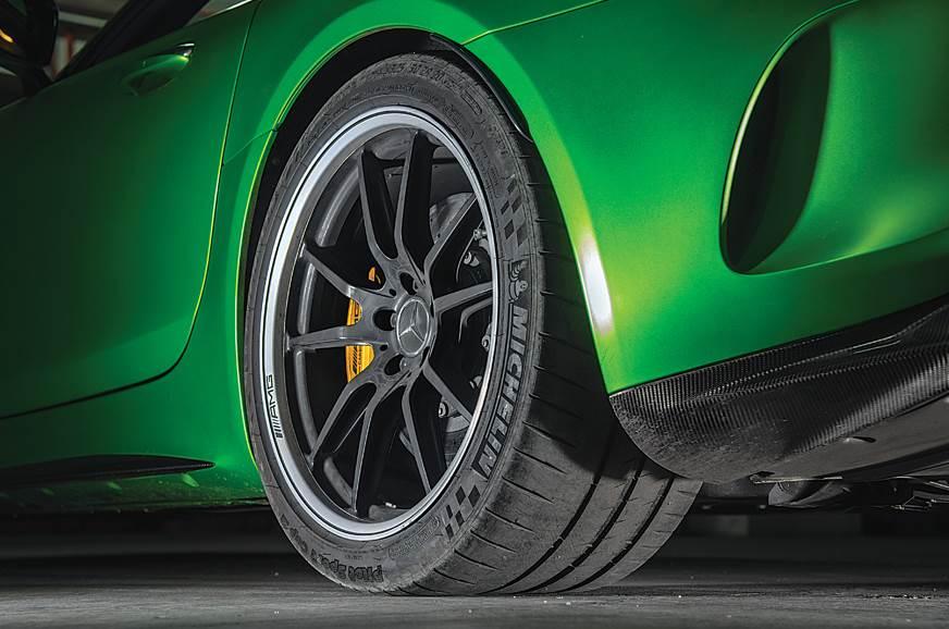 Mercedes-AMG GT R rear tyre