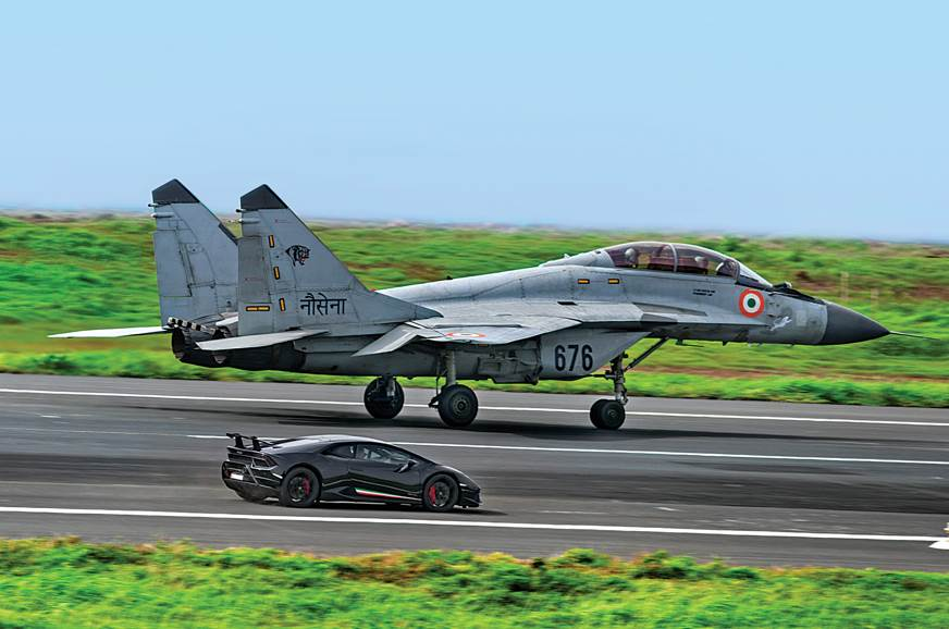 MiG vs Lamborghini Huracan