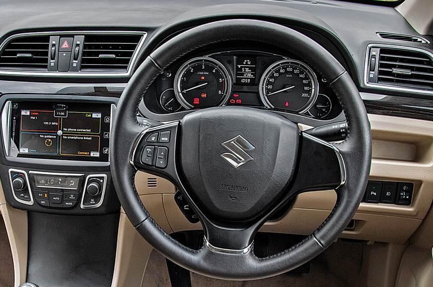 Pre-facelift Maruti Suzuki Ciaz steering