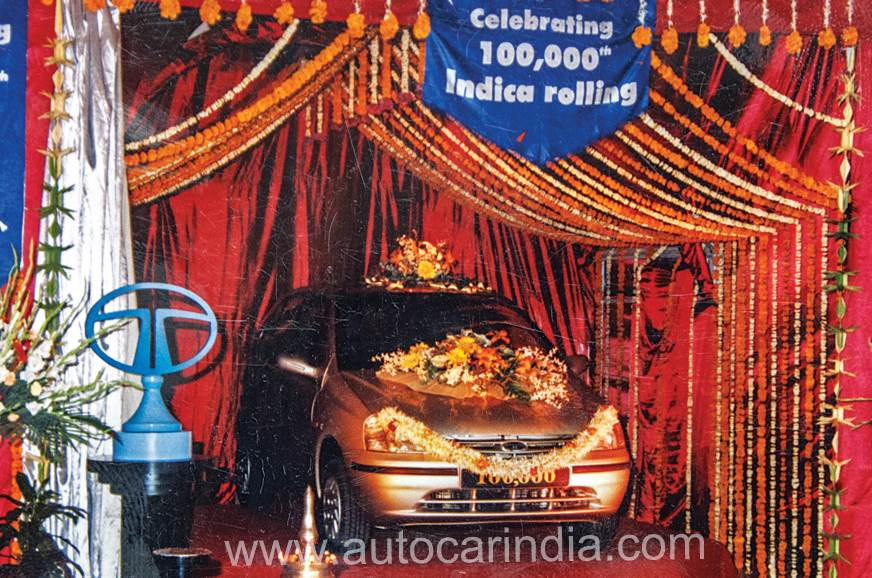 Tata-Indica-1,00,000th-car