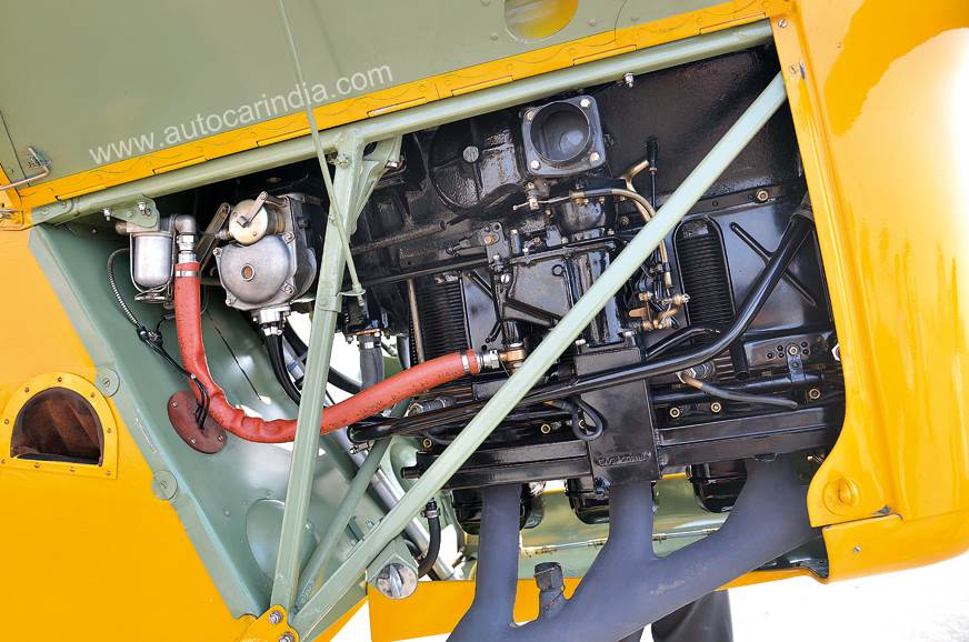 Tiger Moth engine