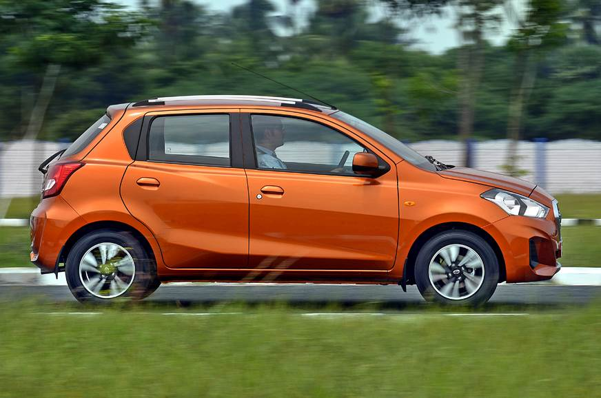 2018 Datsun Go side action