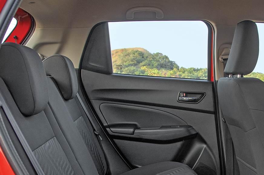 2018 Maruti Suzuki Swift rear window