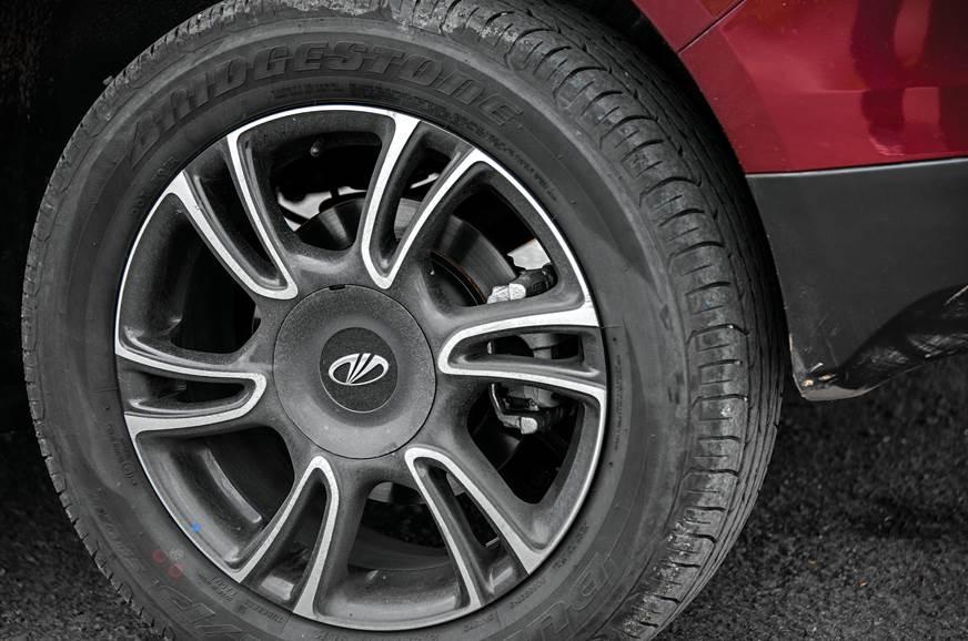 Mahindra Marazzo alloy wheel