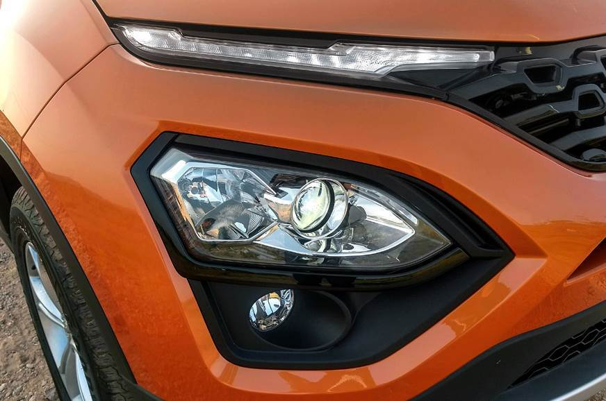 Tata Harrier headlight