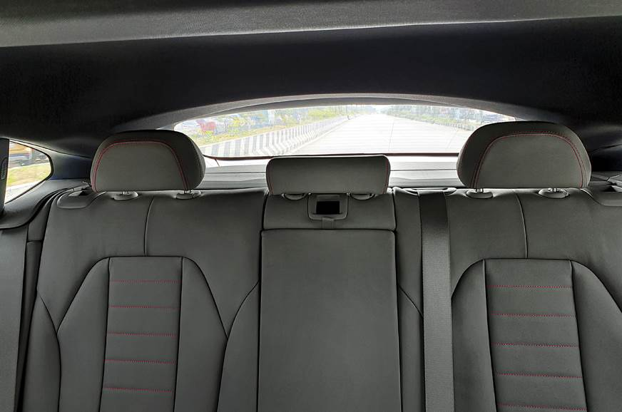 2019 BMW X4 rear seats