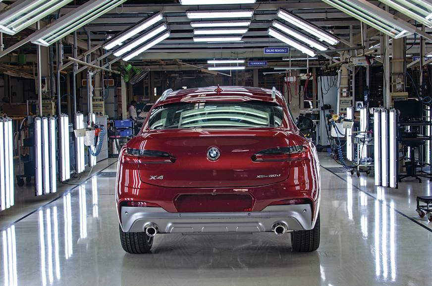 2019 BMW X4 rear static