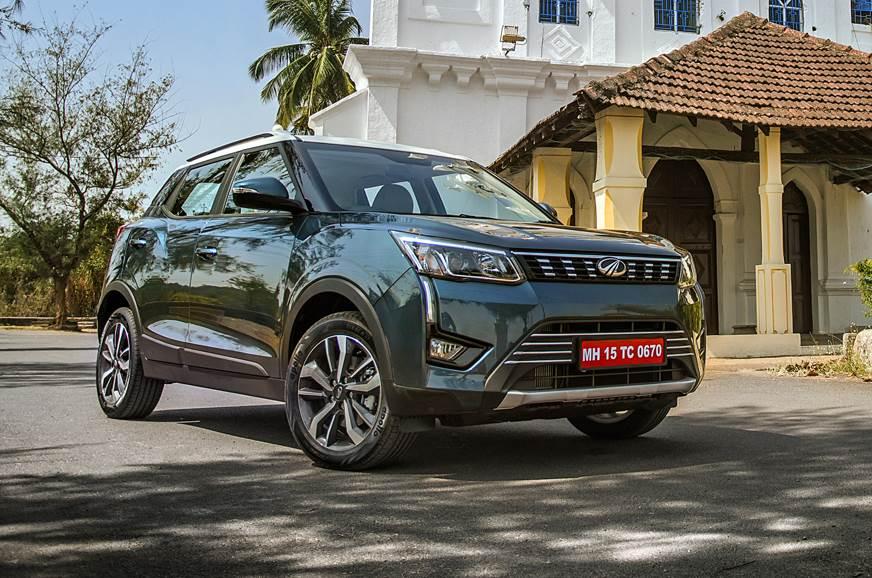 2019 Mahindra XUV300 front static blue