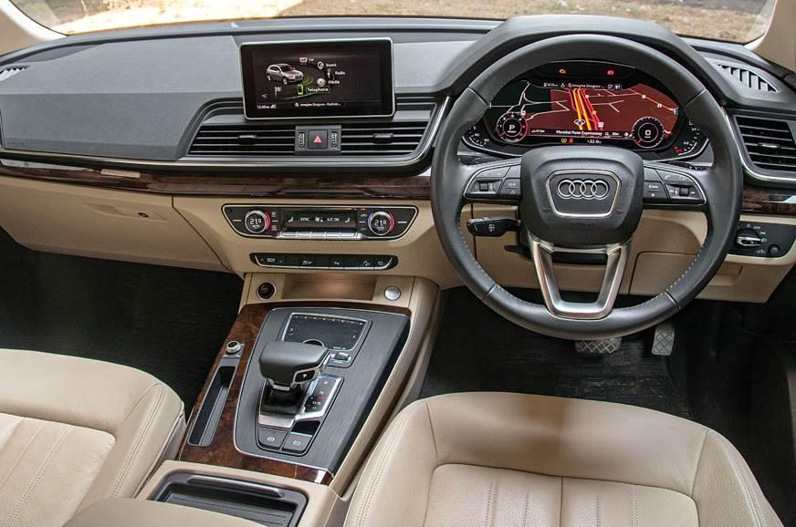Audi Q5 cabin