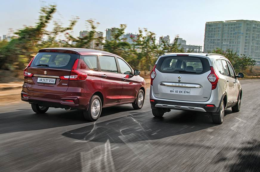 Maruti Suzuki Ertiga vs Renault Lodgy rear action