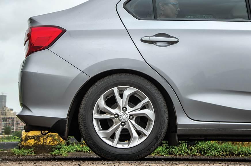 Honda Amaze rear suspension